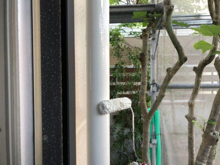 雨樋塗装作業