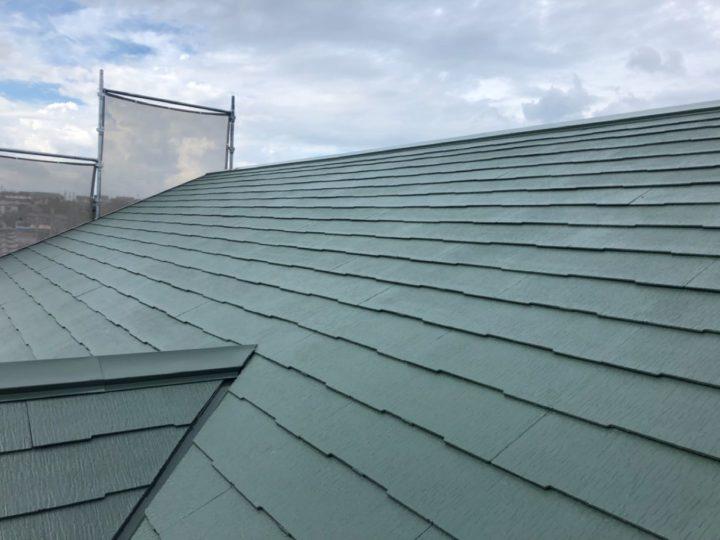 屋根 仕上げ塗り
