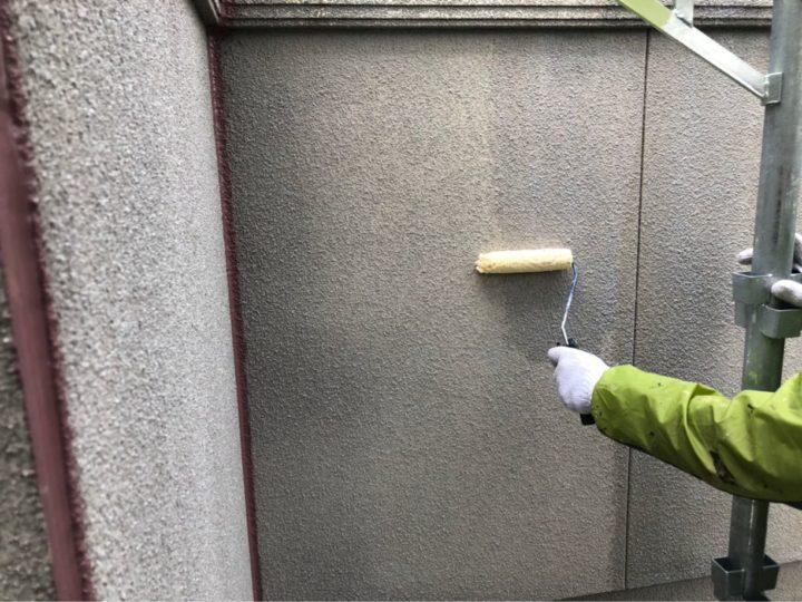 外壁:下塗り作業