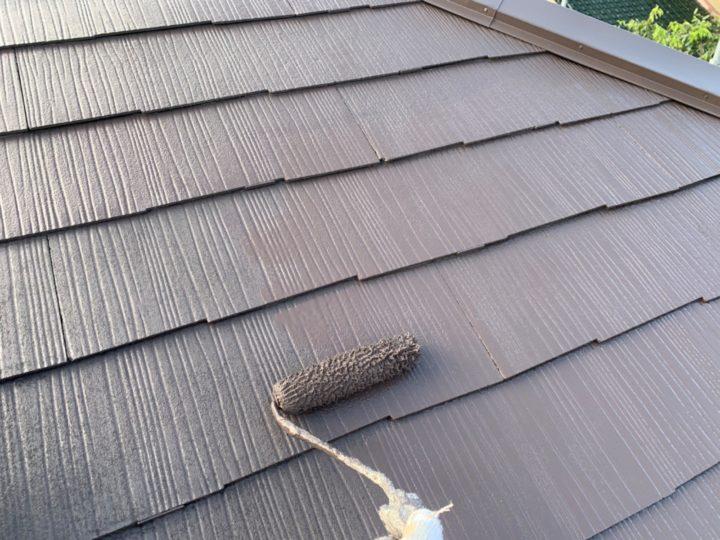 屋根:上塗り作業