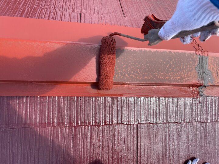 屋根 板金部サビ止め塗布作業
