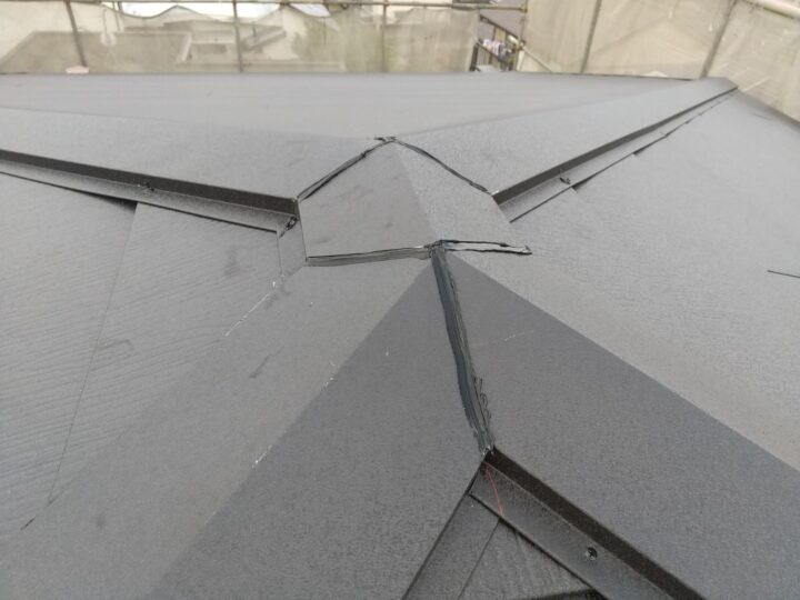 屋根 屋根材設置作業