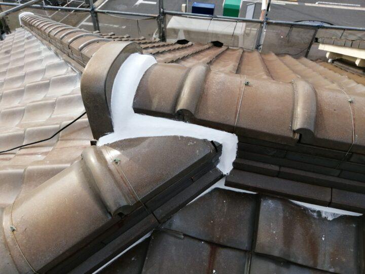 屋根 漆喰作業