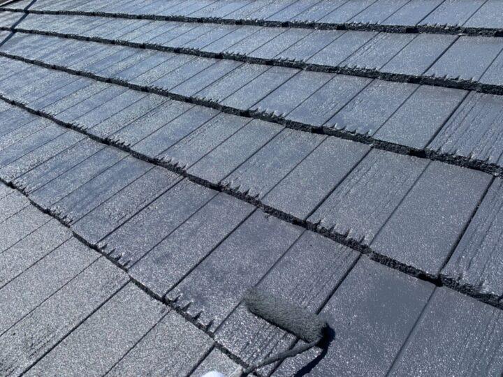 ガレージ屋根 上塗り作業