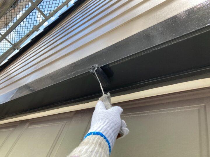 ガレージ付帯部 塗装作業