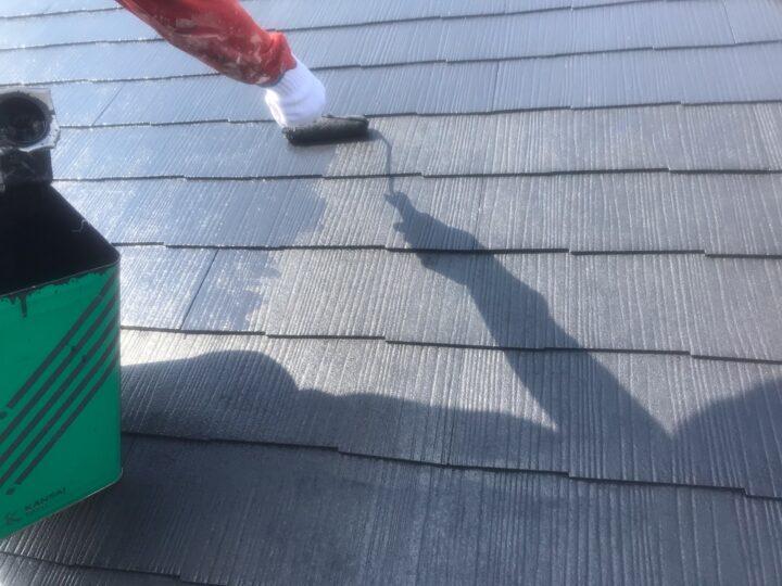 屋根 上塗り作業